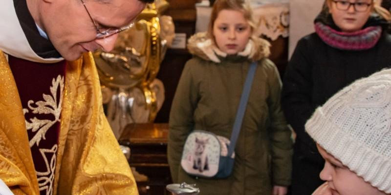 Wprowadzenie relikwi bl Jolenty Franciszkanie Torun 2019 32