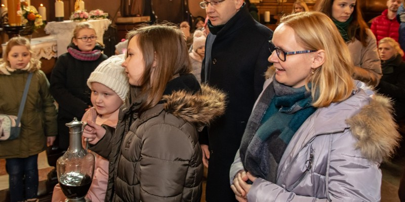 Wprowadzenie relikwi bl Jolenty Franciszkanie Torun 2019 33