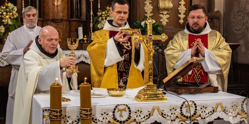 Wprowadzenie relikwi bl Jolenty Franciszkanie Torun 2019 40
