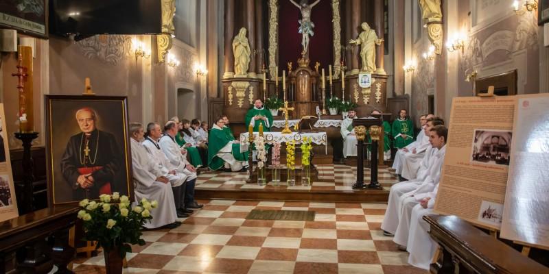 Franciszkanie – Msza Sw Bp J-Szamocki – Wyklady 20-02-2020 01