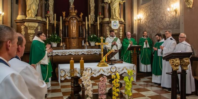 Franciszkanie – Msza Sw Bp J-Szamocki – Wyklady 20-02-2020 06